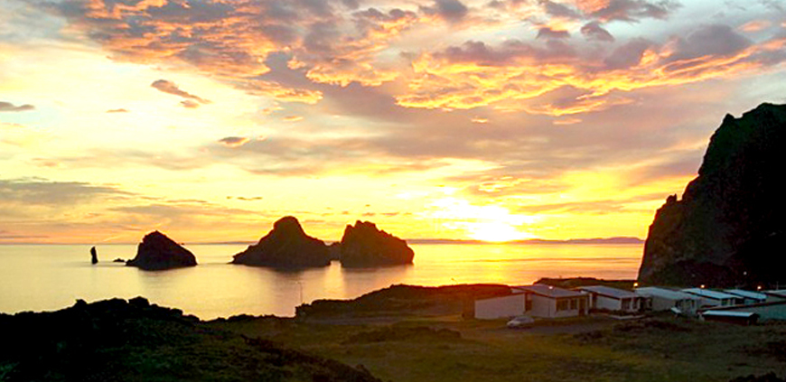 Midnight sun in the Westman Islands